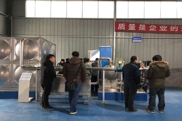 箱式无负压供水同步变频供水系统演示