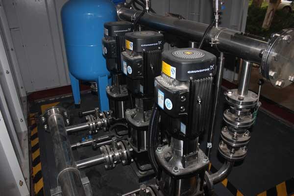 供水设备显示过载不上水